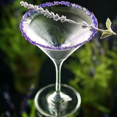 Shaken or stirred, this Lavender Martini looks divine!