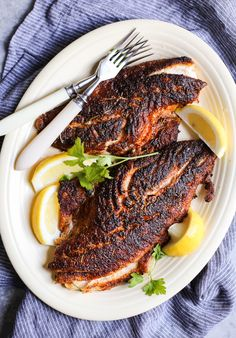 I love serving up this Cajun-Inspired Blackened Red Snapper with my dirty cajun cauliflower rice recipe and either roasted okra or a simple side salad! Seafood Dishes, Seafood Recipes, Dinner Recipes, Cooking Recipes, Vegetarian Recipes, Seafood Gumbo, Pescatarian Recipes, Red Snapper Filet Recipes, Whole Red Snapper Recipes