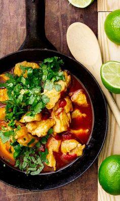 Tulinen kana | Meillä kotona Curry, Cooking, Ethnic Recipes, Food Food, Diy, Kitchen, Curries, Bricolage, Diys