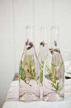 Lavender decor. Photo by Kristyn Hogan. Styling by Cedarwood Weddings. www.theweddingnotebook.com
