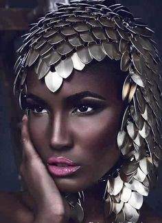 A fusion of EAST AFRICAN & MEDIEVAL inspirations in this beautiful shot!