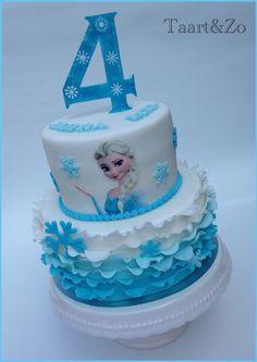 Elsa Birthday Cake, Frozen Themed Birthday Cake, Frozen Themed Birthday Party, Disney Frozen Birthday, Baby Birthday Cakes, Themed Cakes, 4th Birthday, Bolo Elsa, Pastel Frozen