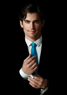 Google Image Result for http://jasoninhollywoodland.files.wordpress.com/2011/12/matt-bomer.jpg