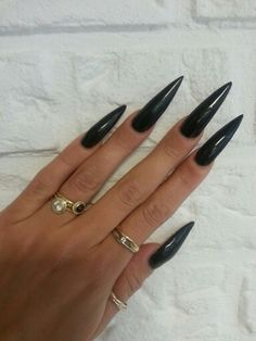 You like what you see?🍯 For more like this Follow me ↬ ριnτεrεsτ:dεlιghτfυlglαcε ↫🍓 (New Pins Everyday) Goth Nails, Polygel Nails, Claw Nails, Sexy Nails, Acrylic Nails Stiletto, Best Acrylic Nails, Long Black Nails, Long Fingernails, Nail Jewels