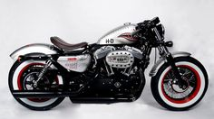 I generally am uninspired by Harley Davidson motorcycles, but I would ride the shit outta this cafe racer.