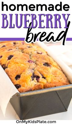 This delicious blueberry bread recipe is the best for all of those summer blueberries! Just like a moist sweet blueberry muffin but all in one loaf shape that is perfect for a breakfast treat or a sweet dessert. Make this with fresh or frozen berries too! Loaf Bread Recipe, Babka Recipe, Best Bread Recipe, Blueberry Bread Recipe Moist, Blueberry Loaf, Blueberry Breakfast, Fruit Recipes For Kids, Dessert Recipes, Yummy Recipes