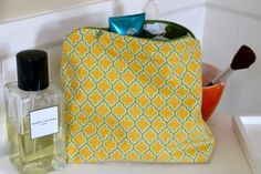 I have made this make up bag several times from this tutorial. Great if you are a beginner sewer. I learned how to sew on a zipper using this. Great for a last minute sewing gift!