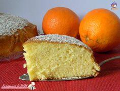 Torta all'arancia leggera e soffice senza burro e adatta agli intolleranti al lattosio. Ricetta dolce per colazione o merenda. Blog giallo zafferano.