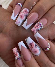 Acrylic nails with rhinestones acrylnägel mit strasssteinen ongles en acrylique avec strass uñas acrílicas con p. Almond Acrylic Nails, Summer Acrylic Nails, Best Acrylic Nails, Acrylic Nail Designs, Nail Art Designs, Summer Nails, Cute Toenail Designs, Summer Stiletto Nails, Fancy Nails Designs