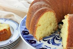 Queen Latifah's Sour Cream Pound Cake - GoodHousekeeping.com