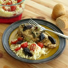 Chicken Marbella - this sweet and savory recipe made famous by the Silver Palate is sooo easy and delicious!