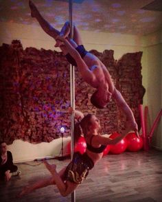#poledance #poleart #duet #sport #crazy #strength #powerful #powerpole #l4like