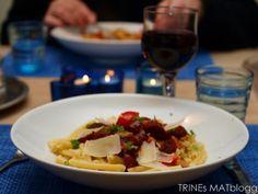 Pasta med chorizo og paprika | TRINEs MATbloggTRINEs MATblogg Chorizo, Tacos, Pasta, Beef, Ethnic Recipes, Food, Meat, Essen, Meals