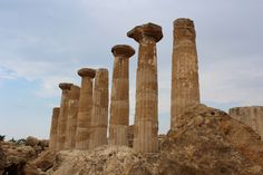 A Guide to Agrigento's Valley Of Temples Magna Graecia, Southern Italy, Palermo, Temples, Monument Valley, Wander, Greece, Guy, Travel