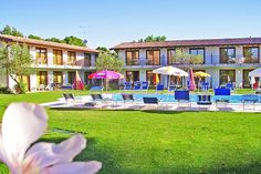 Apartments Molino - Manerba del Garda ... Garda Lake, Lago di Garda, Gardasee, Lake Garda, Lac de Garde, Gardameer, Gardasøen, Jezioro Garda, Gardské Jezero, אגם גארדה, Озеро Гарда ... The Apartments Molino face on Manerba del Garda Gulf in a place called La Romantica, 40 meters from lake. This area is rich of touristic initiatives, local markets, storic places, naturalistic paths for hikers and bikers. We are few kilometres far from Salò, Desenzano del G