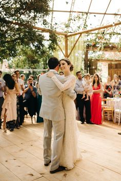 #YCBrides #RealBride #RealWedding #RuralWedding #RomanticDresses #BohoChic #WeddingInspo #WeddingBrazil #BohoBride