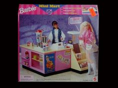 Barbie Mini Mart Playset by Mattel (Kitchen Littles), 1998 Barbie 1990, Baby Barbie, Barbie Doll House, Mattel Barbie, Barbie And Ken, Barbie Dolls, Barbie Store, Barbie Playsets, Diy Barbie Furniture