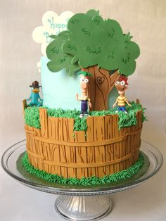 The grass totally makes this Phineas and Ferb cake.