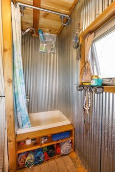 Awesome Vintage Camper Renovation Ideas - Go Travels Plan Rv Bathroom, Tiny Bathrooms, Tiny House Bathroom, Bathroom Cabinets, Bathroom Ideas, Bathroom Organization, Bathroom Remodeling, Bathroom Interior, Tiny House Shower
