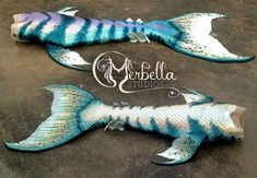 *SOLD* Tail features: -Colors: Pearl, pink, gold, seafoam, aqua and lavender with dark green stripes and speckles. Very pearlecent.  -Blended waist -Large pectoral fins -Double ankle fins -Rounded scales -Merbella Fluke  -Foil monofin, EXTREMELY flowy fluke and fins -Drainage holes Matching Atlantis top with pearl details.