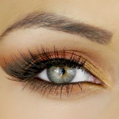 Copper eye makeup - looks phenomenal on green eyes.