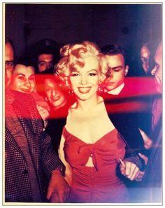 Marilyn Monroe during the filming of Niagara (1953). Wardrobe by Dorothy Jeakins, a three-time Oscar winner.