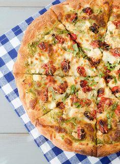 Pesto chicken pizza.