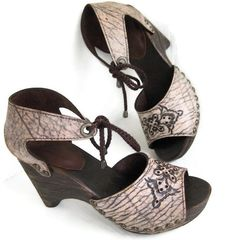 SALE Clog Shoe Faded Beige Brown Paisley Tooled Sandal Dark Stained Wooden Wedge Size US 8 Karen Kell Collection. $89.00, via Etsy.