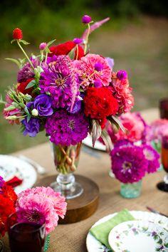 so many pretty flowers.