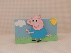Lapela Peppa Pig confeccionados com papel de scrapbook e aplique da Peppa Pig, vc pode escolher o papai pig, mamãe pig e george, dinossauro ou variar.  Quantidade minima: 20 unidades Tamanho: 5,5cm alt x 10cm larg R$ 4,80