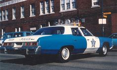 "Chevrolet Bel Air ""Chicago Police"" 1973 Sirens, Radios, Emergency Vehicles, Police Vehicles, 4x4, Old Police Cars, Police Lights, Police Patrol, Chicago Pd"