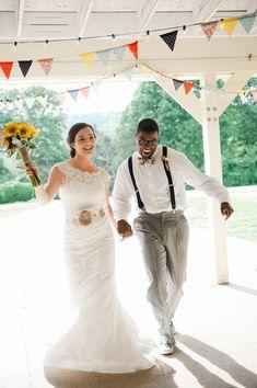 Coral Navy Mustard Wedding / Meredith McKee Photography @meredithmckee