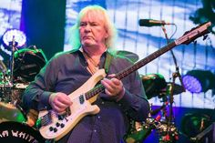 Chris Squire, Bassist for Rock Band Yes, Dies at 67 CHRIS SQUIRE  #CHRISSQUIRE
