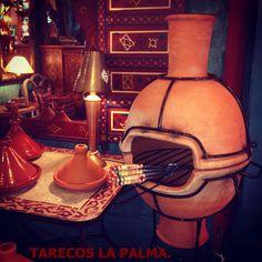 Barbacoa, tajines, braseros, todo hecho con barro artesanal en Marruecos.