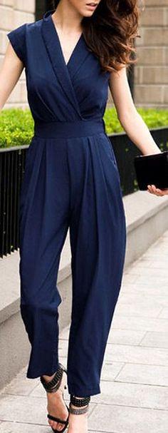 Navy Chiffon Jumpsuit ♥ cintura alta alongando as pernas (podia ter cinto)