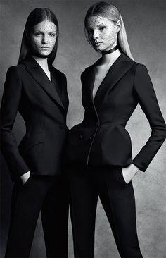 Esprit Dior Exhibition ディオールの世界観を堪能できるエキシビションが開催