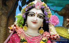 To view Radha Close Up Wallpaper of ISKCON Chowpatty in difference sizes visit - http://harekrishnawallpapers.com/srimati-radharani-close-up-wallpaper-109/