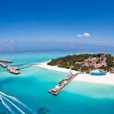 Dron view #maldivas #maldives #instatravel #travel #beautiful #trip #relax #instalike #island #nature #vacation #sea #summer #honeymoon #wanderlust #instagood #paradise #ocean #love #like4like #paraiso #hotel #bestvacations #amazing #sunny #resort #luxurytravel #maldivesislands #instatrip #blue by patriloves89