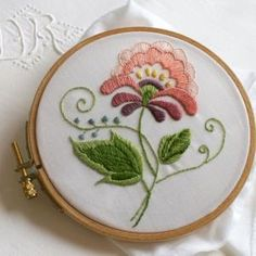 crewel embroidery by edna