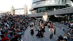 4 Magical Open-Air Theatres In London That Will Leave You Speechless Tower Of London, London Bridge, Things To Do In London, Free Things To Do, Outdoor Movie Screen, Open Air Theater, London Free, London Theatre, London Museums