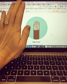 High five @mailchimp #digtalnomad #ecommerceparadise #emailmarketing #themoneyisinthelist