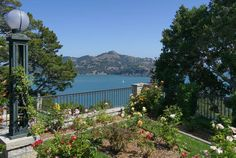 Exclusive: Locksley Hall in Belvedere Sells for $47.5M, Shatters All Records - OMFG - Curbed SF