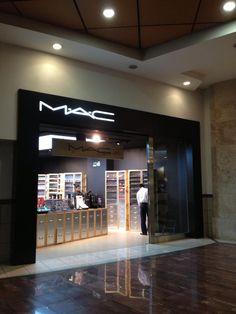 love M'A'C