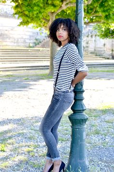 La mariniere Lirons D'elle blog Vanessa lironsdelle #Blogueuse afro #blogueuse #france #natural hair #team natural #mode #look #basic #simple #look #mode#trend#kinky #curly #hair #wash and go #kinky coily #hair #4a #4b #trend #tendance #bretelles #jean gris