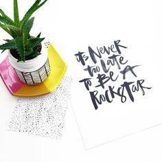 Hand lettering by Courtney Shelton / HIBRID | #handlettering #typography #brushlettering