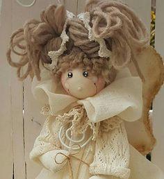 Angel Christmas Angels, Christmas Art, Christmas Ornaments, Fabric Brooch, Angel Crafts, Fairy Art, Soft Dolls, Doll Crafts, Fabric Dolls