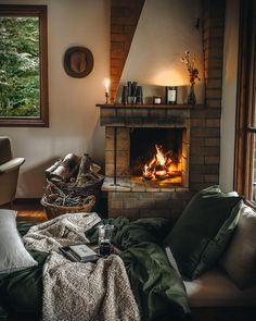Cozy Cottage, Cozy House, Home And Living, Living Room, Living Spaces, H&m Home, Winter Cabin, Dream Decor, Copenhagen