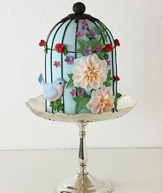 A birdcage cake, love it:)