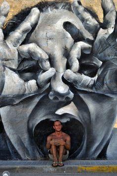 street art by M-E-S-A. 000 By M-E-S-A art Graffiti in Belgrade, Serbia By Ray Fenwick banksy 3d Street Art, Murals Street Art, Urban Street Art, Amazing Street Art, Street Art Graffiti, Street Artists, Urban Art, Amazing Art, Graffiti Artwork