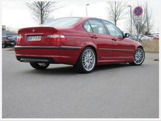 BMW e46 M-Pack sedan Color: ImolaRot